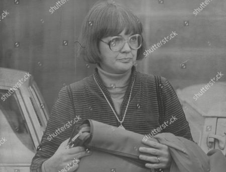 Carol Spiers Attending Inquest Into The Death Of Her Husband John Spiers And Their Two Young Children. Carol Inherited The Bulk Of The Fortune Of The Artist L. S. Lowry. (she Is Now Mrs Carol Danes) Box 772 71307175 A.jpg.