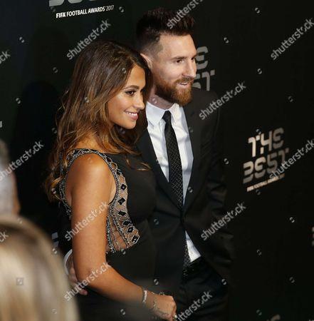 Barcelona's Lionel Messi, wife Antonella Roccuzzo