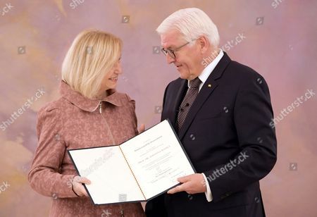 German Education Minister Johanna Wanka (L) receives the certificate of discharge by German President Frank-Walter Steinmeier (R) at the Bellevue Pallace in Berlin, Germany, 24 October 2017. After the 24 September elections, a new government will be formed in Germany.