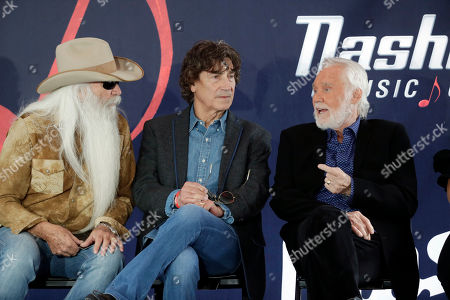 Kenny Rogers, William Lee Golden, Richard Sterban. William Lee Golden, left, and Richard Sterban, center, both of The Oak Ridge Boys, talk with Kenny Rogers, right, before Rogers received his star on the Music City Walk of Fame, in Nashville, Tenn