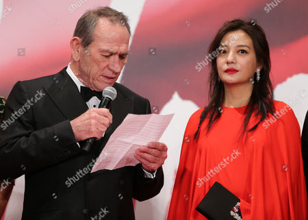 Stock Image of Tommy Lee Jones and Zhao Wei