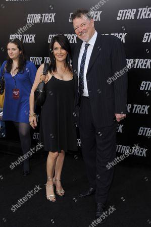 Jonathan Frakes and Marina Sirtis
