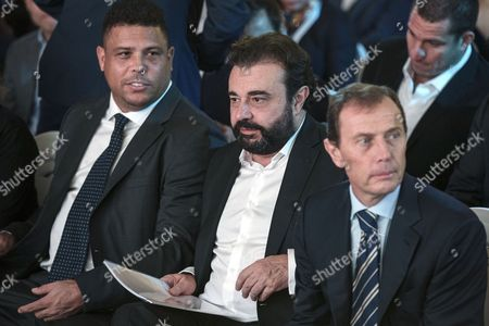 (L-R) Former Brazilian soccer player Ronaldo, Real Madrid's managing director Miguel Angel Sanchez and Emilio Butragueno, Director of Institutional Relations of Real Madrid attend the Real Madrid China Summit event in Beijing, China, 26 October 2017. Real Madrid presented the commercial strategy in China and the organization of the Real Madrid Office in Beijing.