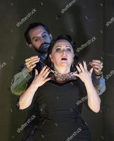 Stock Photo of Rebecca Evans as Rodelinda, Juan Sancho as Grimoaldo