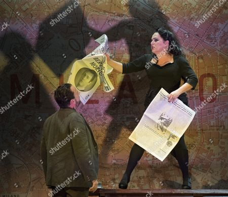 Stock Image of Neal Davies as Garibaldo, Rebecca Evans as Rodelinda