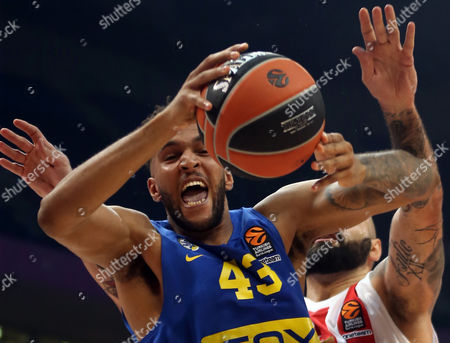 Pero Antic (R) of Red Star in action against Jonah Bolden (L) of Maccabi during the Euroleague basketball match between Red Star and Maccabi in Belgrade, Serbia, 26 October 2017.