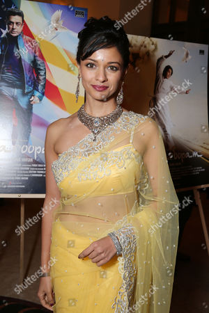 """JANUARY 24: Pooja Kumar at World Premiere Of """"Vishwaroopam"""" held at Pacific Theaters at the Grove on in Los Angeles, California"""