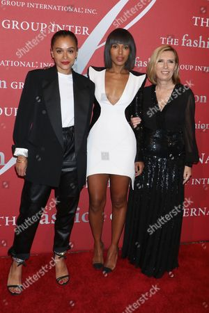 Samir Nasr, Kerry Washington and Liz Rodbell, president of Lord & Taylor and Hudson's Bay department stores