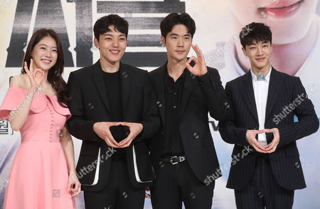 Actor Kim Kang-woo (2-R) attends an event in Seoul on 17 May 2017 to promote the cable channel tvN's sci-fi drama Circle, the story of two men living in 2037 and time traveling to take on murder cases in the near future. From left are actress Gong Seung-yeon and actors Yeo Jin-goo, Kim and Lee Gi-kwang.