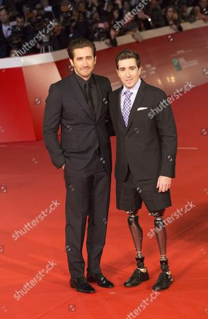 Jake Gyllenhaal with Jeff Bauman