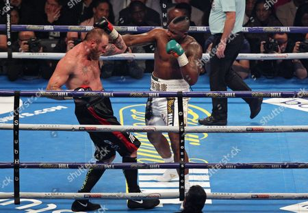 Dillian Whyte of of Britain (R) fights Robert Helenius of Finland (L) for the WBC Silver heavyweight title at the Principality stadium in Cardiff, Wales, Britain, 28 October 2017.