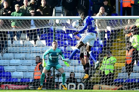 Birmingham City midfielder Cheikh N'Doye (17) heads the ball at goal during the EFL Sky Bet Championship match between Birmingham City and Aston Villa at St Andrews, Birmingham