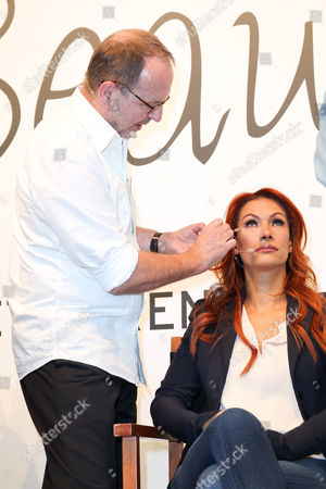 Horst Kirchberger mit Yasmina Filali