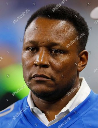 Detroit Lions Hall of Fame running back Barry Sanders watches before an NFL football game against the Pittsburgh Steelers in Detroit