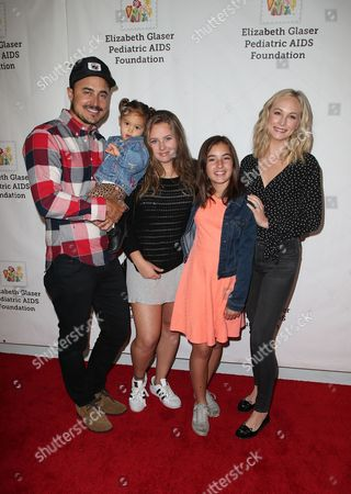 Candice King, Family