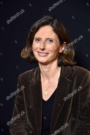 Emmanuelle Menard