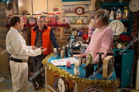 Tyrone (Alan Halsall), Kirk (Andrew Whyment) and Mavis (Les Dennis)