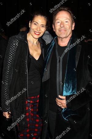 Simon Kirke with wife Maria Angelica