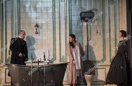 Christopher Maltman as Enrico, Lisette Oropesa as Lucia, Rachael Lloyd as Alisa