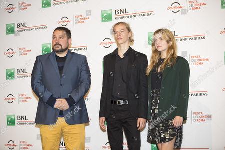 Ludovico Girardello and Galatéa Bellugi with (far left) Victor Perez