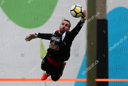 Goalkeeper Jose Carvallo in action during  training of the Peruvian national soccer team, in Lima, Peru, 01 November 2017. Peru will visit New Zealand for the first leg of the playoff of the 2018 World Cup in Russia on 11 November.