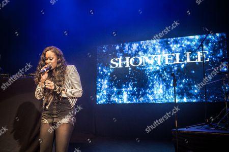 Shontelle - Shontelle Layne