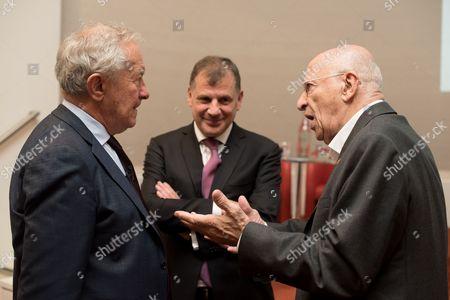 Simon Schama with Lord Jonathan Kestenbaum and Sir Trevor Chinn.
