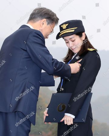 Moon Jae-in and Han Ji-min