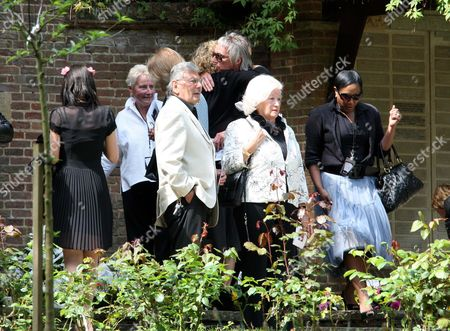 Paul Weller with ex wife Dee C. Lee (right) and his mother (in white, second left)
