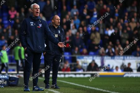Manager of Ipswich Town, Mick McCarthy and Manager of Preston North End, Alex Neil bark out at their sides - Ipswich Town v Preston North End, Sky Bet Championship, Portman Road, Ipswich - 4th November 2017.