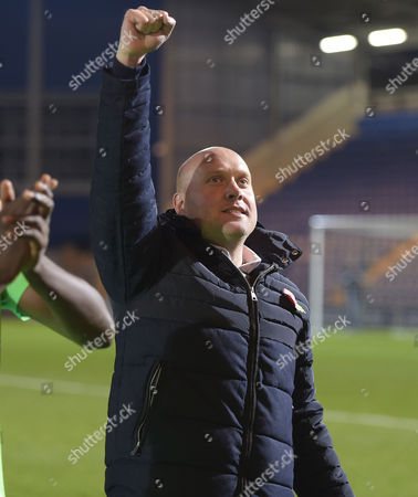 Mark Jones Manager of Oxford City celebrates victory