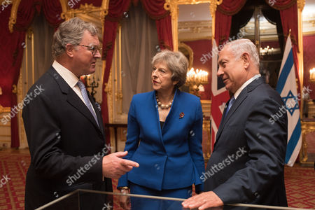 Lord Roderick Balfour with Prime Minister Theresa May and Prime Minister of Israel Benjamin Netanyahu.
