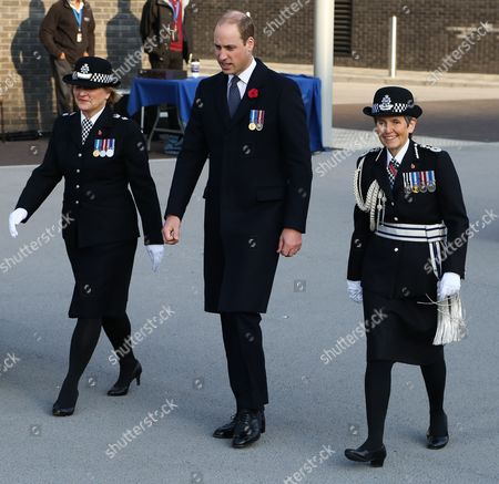 prince-william-dick-moms-slit-and-clit