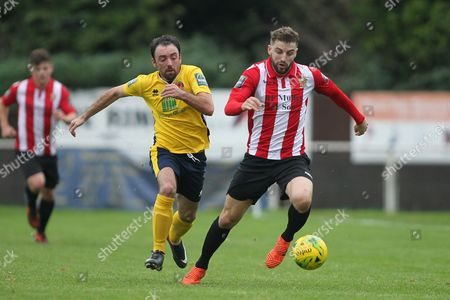 Brad Warner of Hornchurch and Thomas Robinson of Witham during AFC Hornchurch vs Witham Town, Bostik League Division 1 North Football at Hornchurch Stadium on 4th November 2017