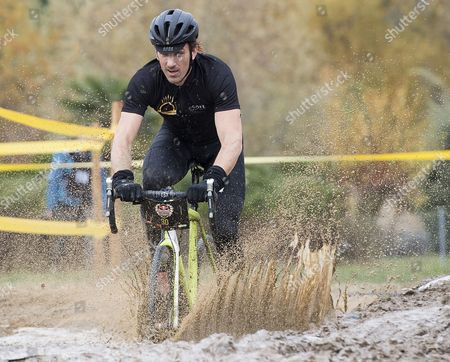Fabian Cancellara from Switzerland in action during the Red Bull Velodux Cyclocross relay race in Estavayer-le-Lac, Switzerland, 04 November 2017.