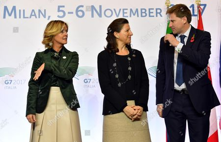 Italy's Minister of Health, Beatrice Lorenzin (L), France's Minister of Health and Solidarity, Agnes Buzyn (C) and Britain's Undersecretary for Public Health and Community Health, Steve Brine (R) during the G7 Health Ministerial Meeting in Milan, Italy, 05 November 2017.