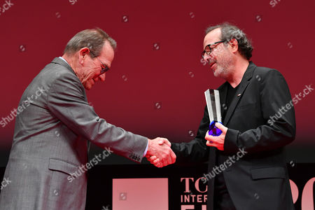 "(L-R) Tommy Lee Jones, Semih Kaplanoglu - Director Semih Kaplanoglu wins ""Tokyo Grand Prix/The Governor of Tokyo Award"" for the film ""Grain"""
