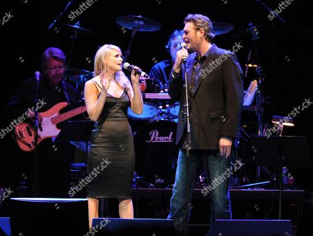 Miranda Lambert and Blake Shelton perform at the George Jones Tribute - Playin' Possum: The Final No Show in Nashville, Tenn. Shelton and Lambert announced their divorce after four years of marriage. Sheltonâ?™s spokesman provided a statement from the couple on