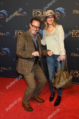 John Friedmann mit partner Martina Stoessel,