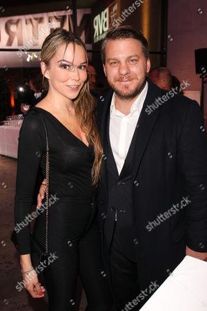 Marvin Kren mit Ehefrau  Kirsten Kren,..