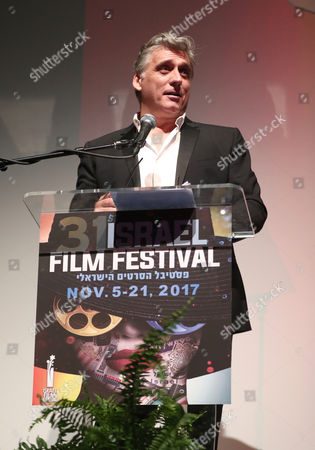 Lior Ashkenazi receives the 2017 Israel Film Festival Cinematic Achievement Award