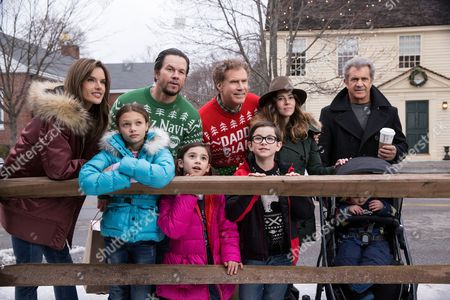 Stock Photo of Alessandra Ambrosio, Adriana Costine, Mark Wahlberg, Scarlett Estevez, Will Ferrell, Owen Wilder Vaccaro, Linda Cardellini, Mel Gibson