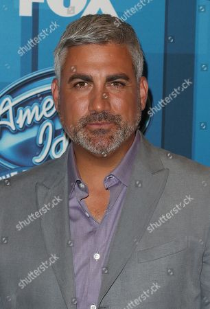 """Taylor Hicks arrives at the """"American Idol"""" farewell season finale at the Dolby Theatre, in Los Angeles"""
