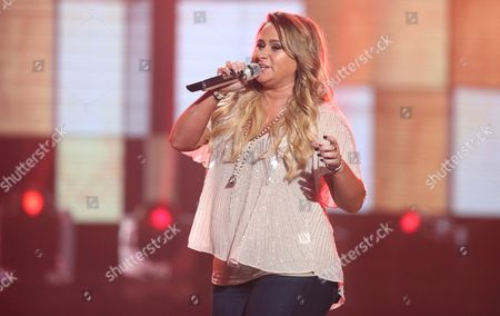 """Skylar Laine performs at the """"American Idol"""" farewell season finale at the Dolby Theatre, in Los Angeles"""