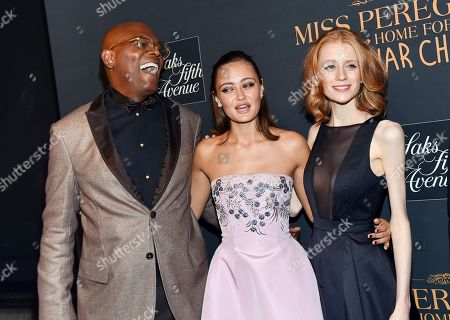 """Actors Samuel L. Jackson, Ella Purnell, center, and Lauren McCrostie attend """"Miss Peregrine's Home for Peculiar Children"""" red carpet event at Saks 5th Avenue, in New York"""