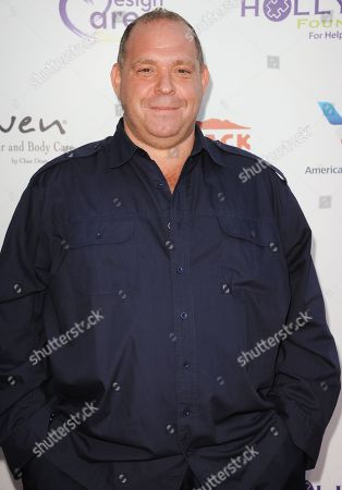 Louis Lombardi arrives at the 15th Annual DesignCare on in Malibu, Calif