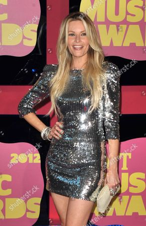Elizabeth Cook arrives at the 2012 CMT Music Awards on in Nashville, Tenn