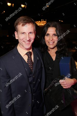 From left, Richard Hicks and Linda Lowy pose during the Casting Society of America 29th Annual Artios Awards held at the Beverly Hilton Hotel, in Beverly Hills, Calif
