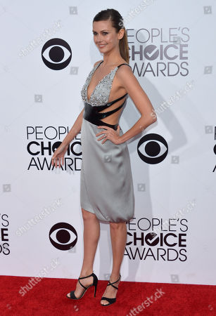 Olga Fonda arrives at the 40th annual People's Choice Awards at Nokia Theatre L.A. Live, in Los Angeles