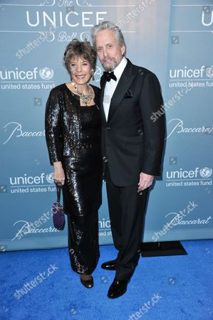 Dena Kaye, left, and Michael Douglas arrive at the 2014 UNICEF Ball on in Beverly Hills, Calif